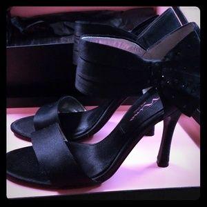 Clova Black Luster Nina Heels